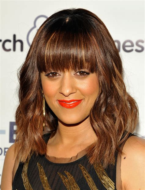 Tia Haircut 2014 Medium | tia mowry medium wavy cut with bangs tia mowry looks