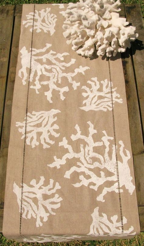 coastal decor table runners 275 best images about displays on jewellery
