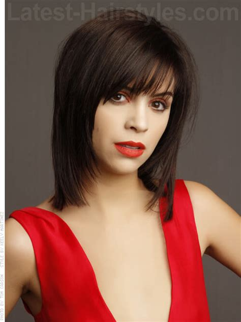 shoulder length layered longer in front hairstyle front and back short shag hairstyles wallpaper short