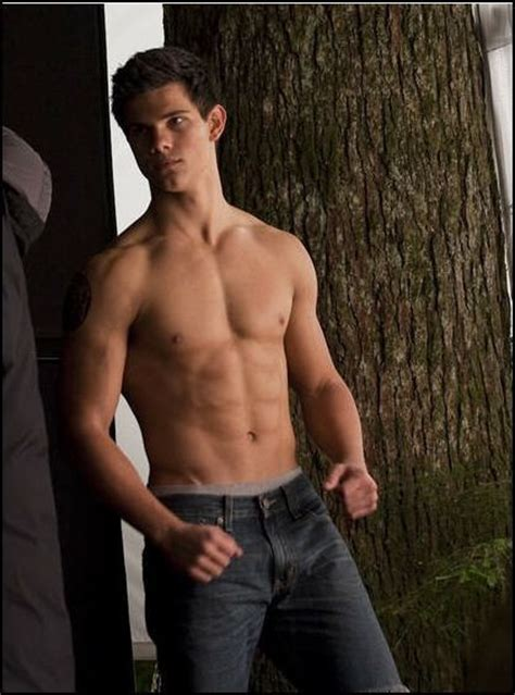 taylor lautner shirtless 2 twilight series photo