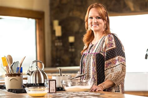 the pioneer woman what s new on netflix food edition popsugar food