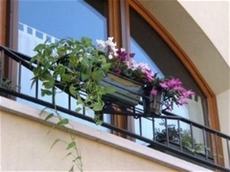 porta fioriere da balcone fioriere balcone fioriere fioriere balcone vasi fioriere