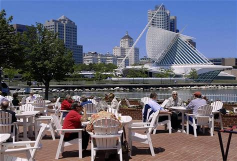 harbor house milwaukee food with a view waterfront dining in the milwaukee area