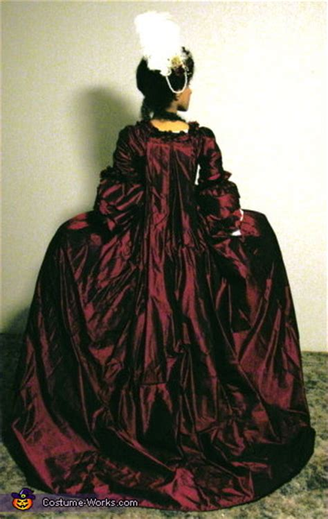 robe  la francaise  century french court dress
