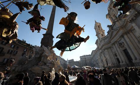 befana piazza navona 2018 befana a piazza navona musica e cultura ma niente bancarelle