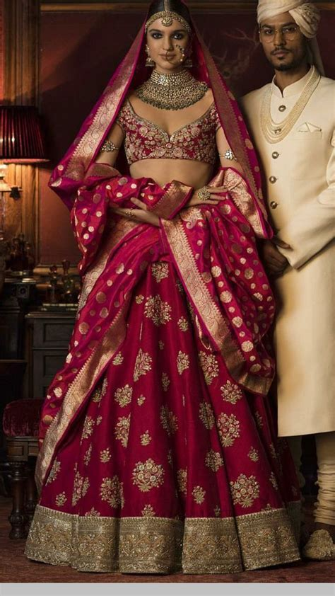 17 Best ideas about Wedding Lenghas on Pinterest   Indian