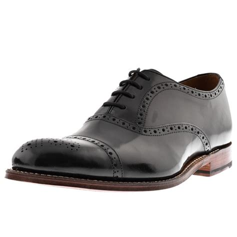 black or brown what shoes to pair with a navy suit