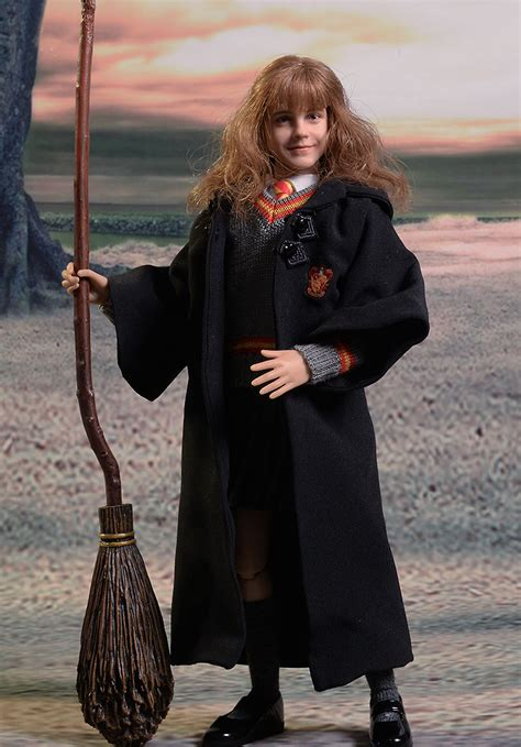Hermione Granger Images by Review And Photos Of Ace Hermione Granger Sixth Scale