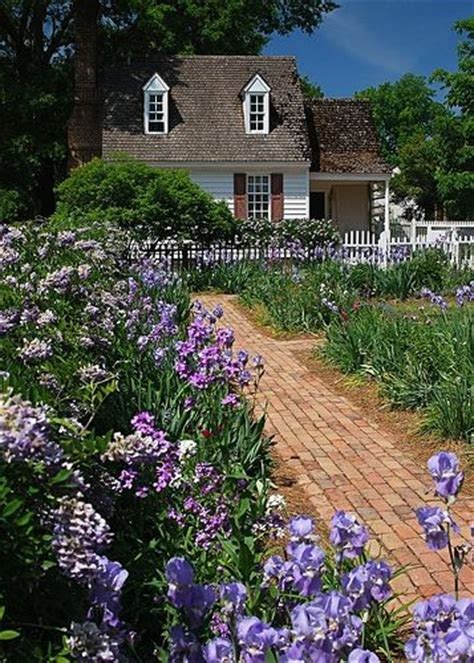 family garden williamsburg 164 best colonial williamsburg gardens images on