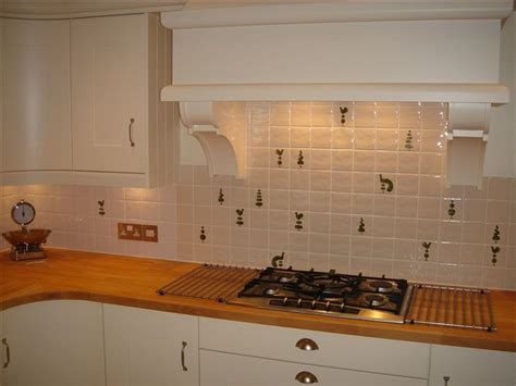 Tiling A Kitchen Backsplash by Hand Painted Tiles Ceramic Tile Murals Bespoke Designs And