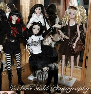 amelie misaki tokyo here we go doll collecting fashion dolls by terri gold azone announces