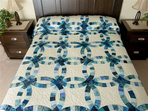 double wedding ring quilt splendid made with care amish