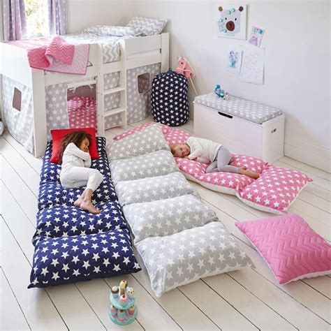 pillow bed diy brilliant sleepover accessories that are a must have for