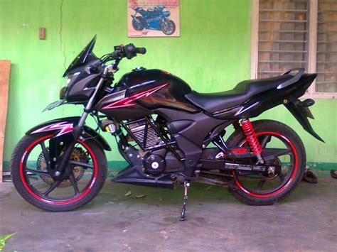 Modifikasi Motor Verza Hitam by Modifikasi Honda Verza Fairing Simpel Modifikasi Honda