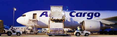 air freight forwarding courier express offers global shipping solutions