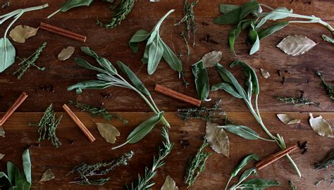 fall scents how to naturally fill your home with fall scents twine