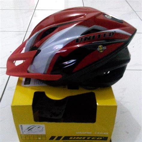 Botol Minum United Grip Karet Merah helm united f33 typhoon jual spare part dan aksesoris sepeda