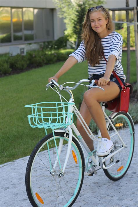 Tshirt Top Folding Bike e zara t shirt romwe shorts romwe bag converse
