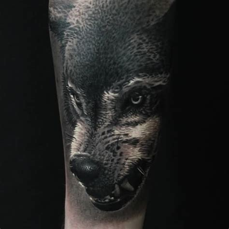 wolf face tattoo 82 mind blowing wolf design ideas golfian