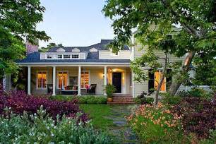 ted homes ted danson and steenburgen increase their curb appeal