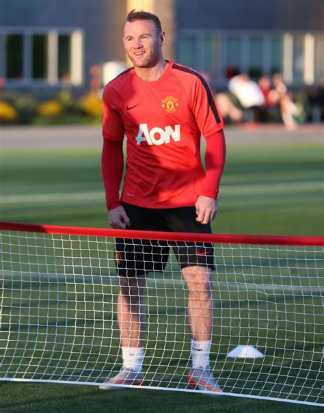 Manchester United Home 13 14 Pi wayne rooney manchester united feeling at home in seattle