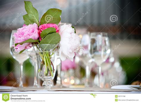 Flower Settings For Weddings by Wedding Flower Arrangement Table Setting Series Royalty