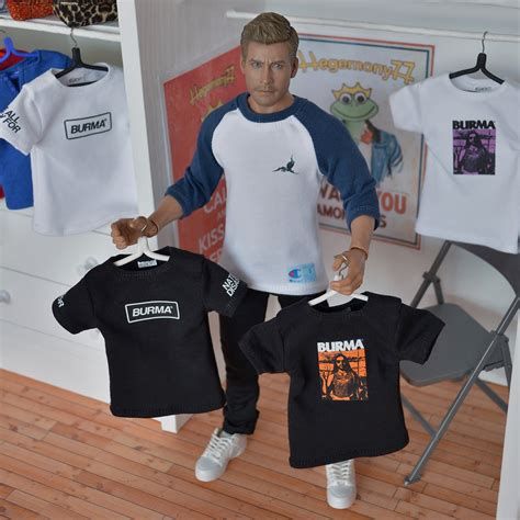 Custom Shirt 6 clothing for fashion dolls and 1 6 scale figures