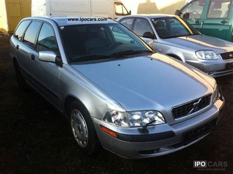 2002 volvo v40 1 8 aut car photo and specs