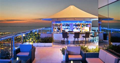 top bars dubai dubai s top bars clubs for a rocking nightlife property find