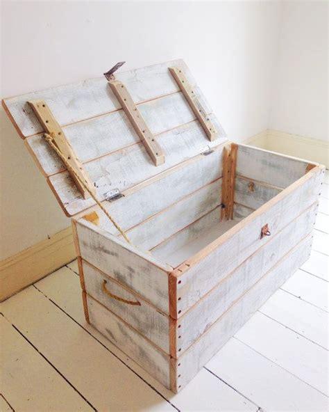Handmade Wooden Trunks - 25 best ideas about pallet trunk on pallet