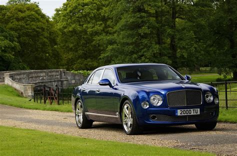 bentley driveway 2013 bentley mulsanne review specs 0 60 top speed