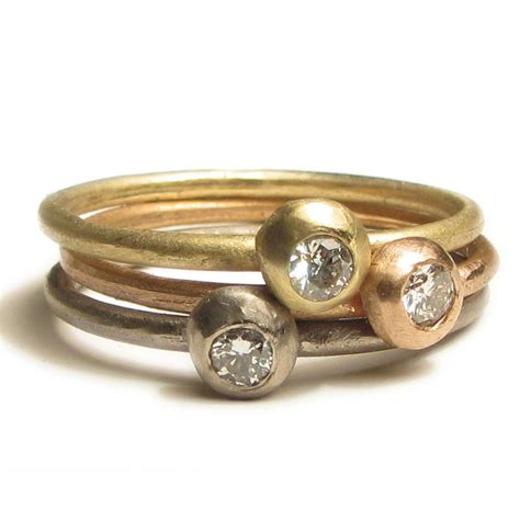 18 carat gold ring with stacking rings