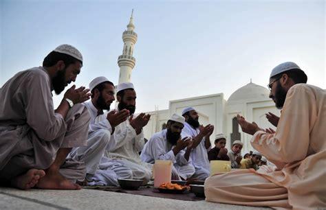 islam prayer 25 beautiful ramadan photos 2011 zawaj