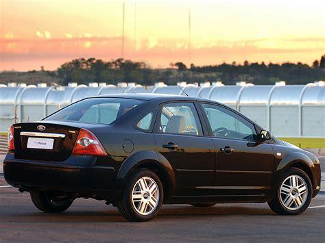 2005 ford focus specs ford focus ghia sedan za spec db3 2005 06