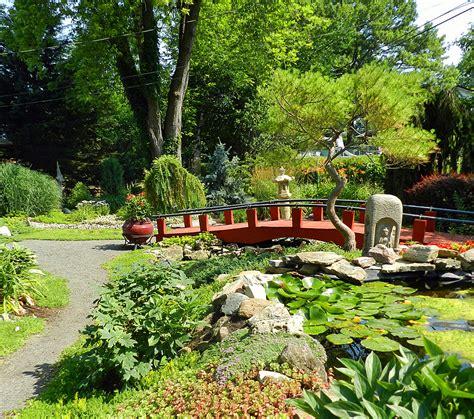 Garden Mi Website Asian Inspired Garden Michigan Gardener