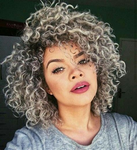 natural curly shoulder length gray hairstyles i love the color trendy hairstyles pinterest curly
