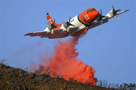 plane fighting firefighting planes battle wildfires and age knkx