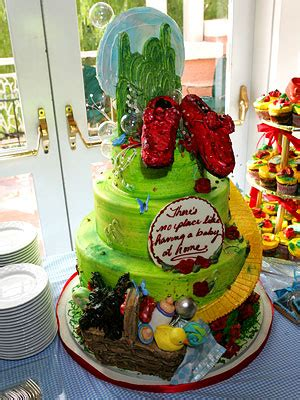 Richies Oz Themed Baby Shower richie s baby shower cake toto the