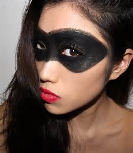 raccoon eyes halloween costume ideas pinterest mask makeup halloween and makeup ideas
