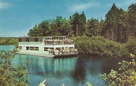 ausable river queen boat tour tourist traps in michigan