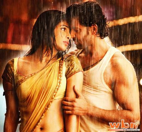indian film hot songs video listen to gunguna indian audio song from agneepath