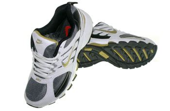 Sepatu Volly Fila sepatu running sepatu zu