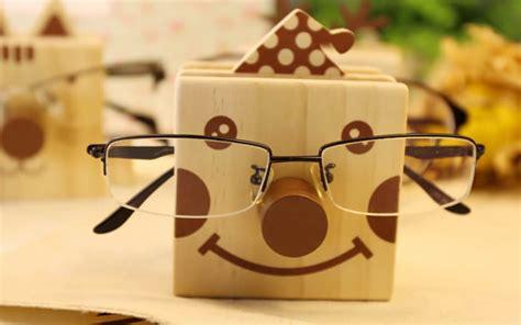 cartoon wooden  holder  eyeglasses holder feelgift