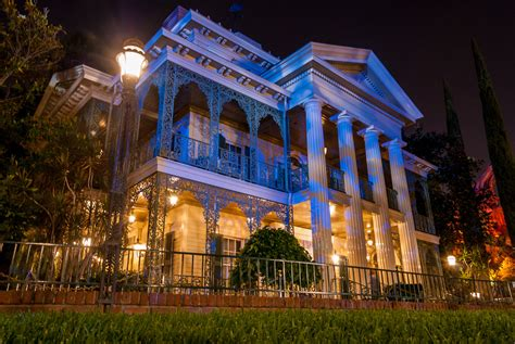 haunted mansions steven symes writer the haunted mansion at disneyland