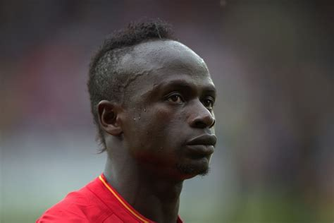 player focus sadio mane shows skill pace movement