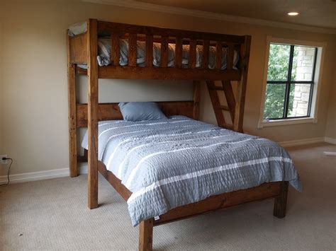 bunk bed queen rustic barnwood texas bunk bed twin over queen rustic