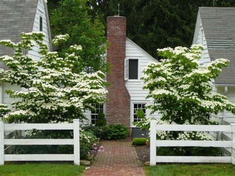 Distinctive Gardens by Distinctive Gardens