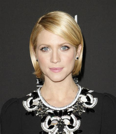 thick blonde hair styles tucked behind ears this is a really cute and neatly styled short bob with