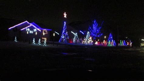 christmas light show amazing grace techno