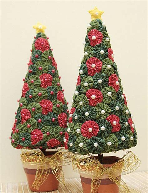 detallelogia arboles de navidad diy con telas cojines